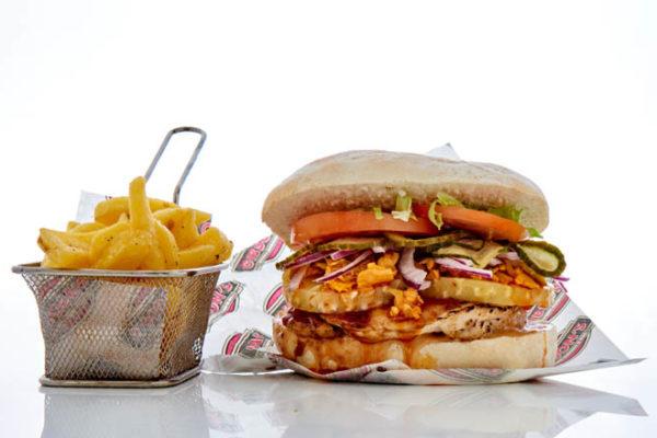 Gibsons-Chicken-Utcher-Pineapple-Burger-001